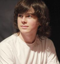 chandler-riggs-pictures