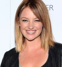 Abby Elliott's picture