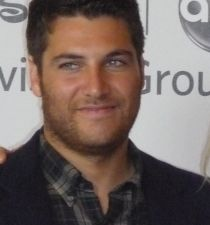 Adam Pally's picture