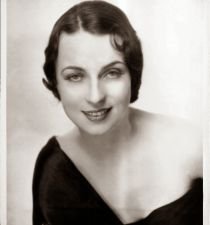 Agnes Moorehead's picture