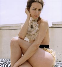 Amy Acker's picture
