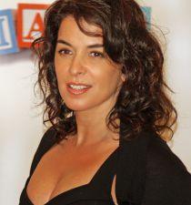 Annabella Sciorra's picture