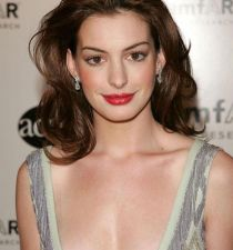 Anne Hathaway's picture
