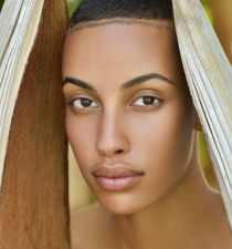 AzMarie Livingston's picture
