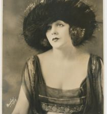 Barbara La Marr's picture