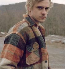 Boyd Holbrook's picture