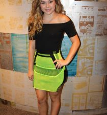 Brec Bassinger's picture