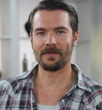 Charlie Weber (actor)'s picture