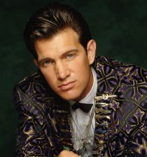 Chris Isaak's picture