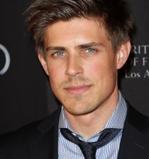 Chris Lowell's picture