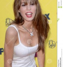 Christy Carlson Romano's picture