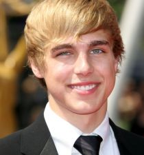 Cody Linley's picture