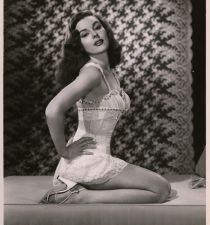 Elaine Stewart's picture