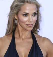 Elizabeth Berkley's picture