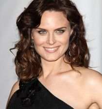 Emily Deschanel's picture