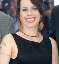 Fairuza Balk's picture