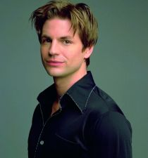 Gale Harold's picture