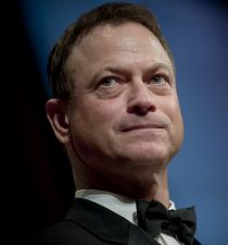 Gary Sinise's picture