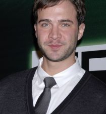 Gil McKinney's picture