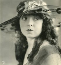 Grace Cunard's picture