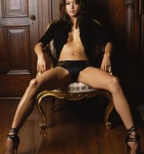 Grace Park (actress)'s picture