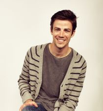 Grant Gustin's picture