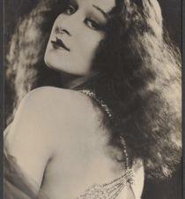 Greta Nissen's picture