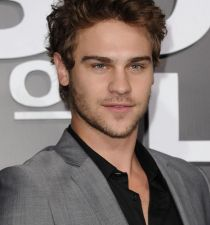Grey Damon's picture