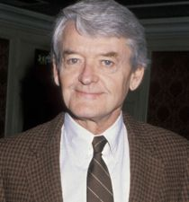 Hal Holbrook's picture