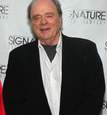 Harris Yulin's picture