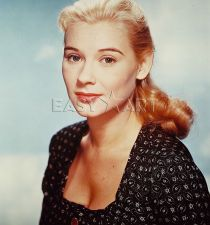 Hope Lange's picture