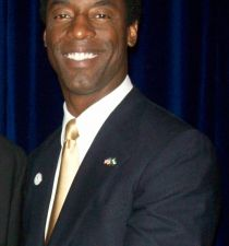 Isaiah Washington's picture