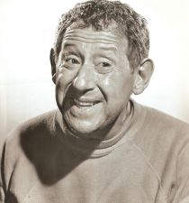 Jack Gilford's picture