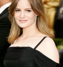 Jennifer Jason Leigh's picture