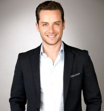 Jesse Lee Soffer's picture