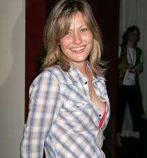 Joey Lauren Adams's picture