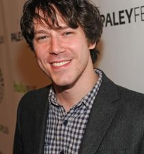 John Gallagher, Jr.'s picture