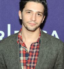 John Magaro's picture