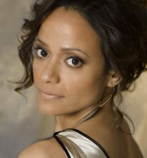 Judy Reyes's picture
