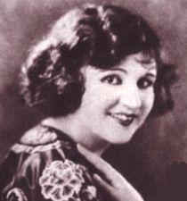 Julia Faye's picture