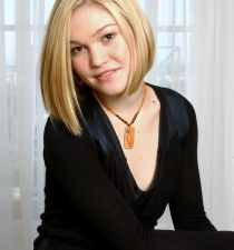 Julia Stiles's picture