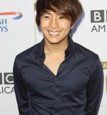 Justin Chon's picture