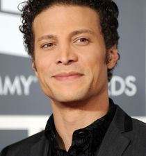 Justin Guarini's picture