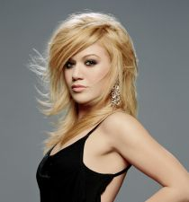 Kelly Clarkson's picture