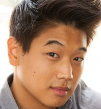 Ki Hong Lee's picture
