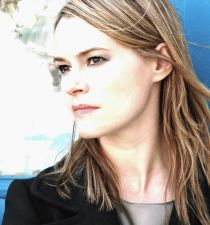 Leisha Hailey's picture