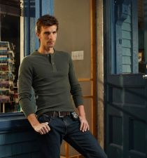 Lucas Bryant's picture