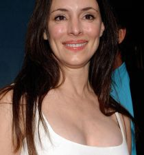 Madeleine Stowe's picture