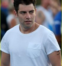 Max Greenfield's picture