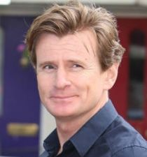 Michael Edwards (actor)'s picture